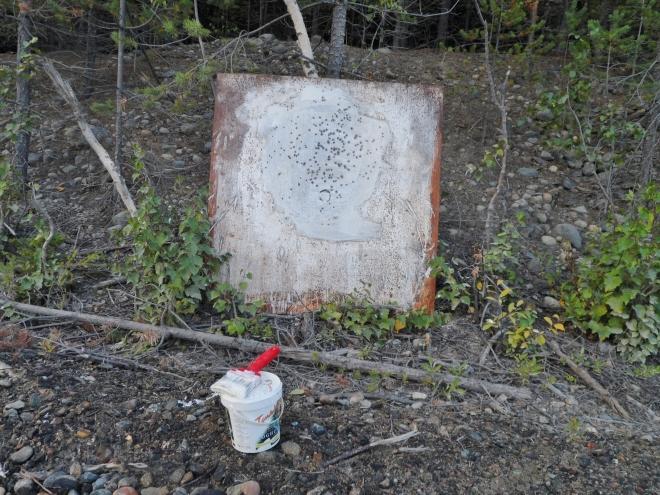 Slamplåten som den såg ut efter att Classe skjutit. Men mitt skott såg nästan detsamma ut.