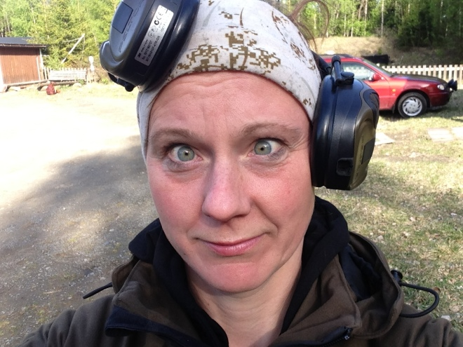 Så här såg jag ut, och kände mig, efter en hel dags skjutande. Man blir lite mosig!